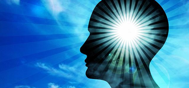 Imagem de mente pensando, saindo luzes, exemplificando as crenças da pessoa